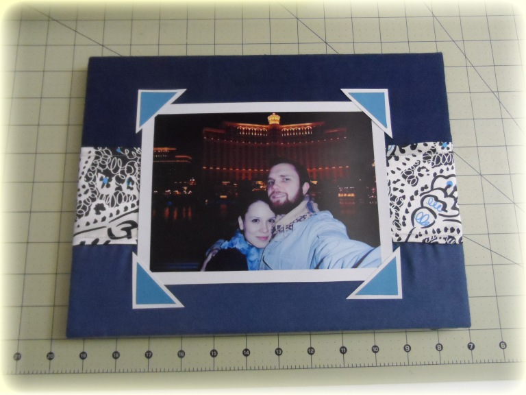 Scrap fabric project - photo frame
