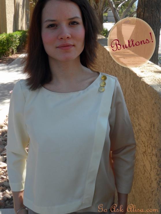 Wrap blouse - buttons