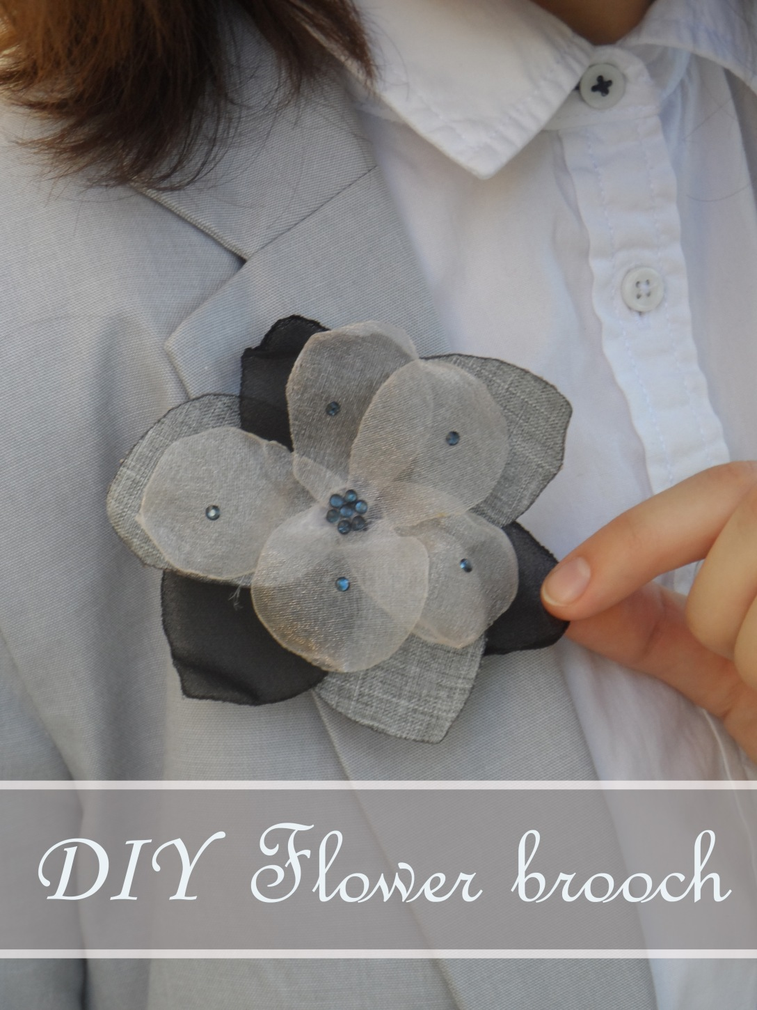 Sewing business casual - flower brooch