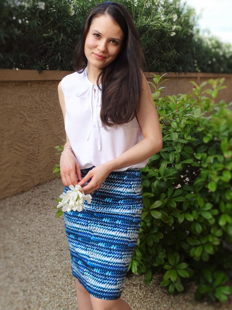 Blue pencil skirt cover