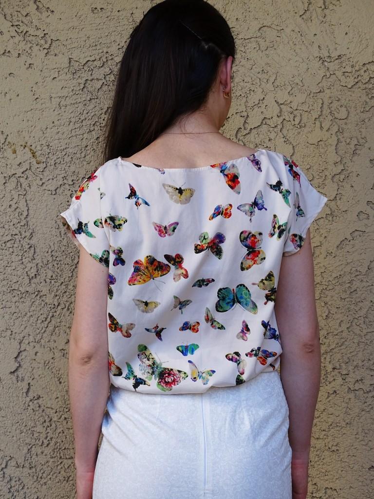 day 15  pencil skirt and kimono blouse back
