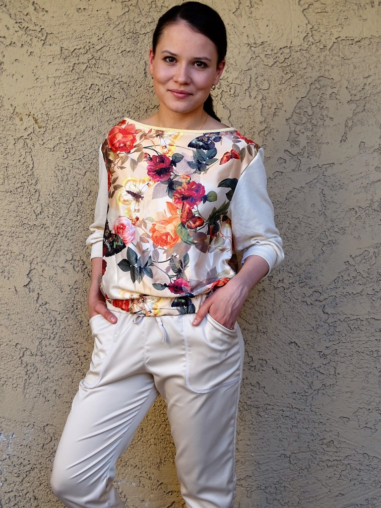 Moji pants - beige and floral front view